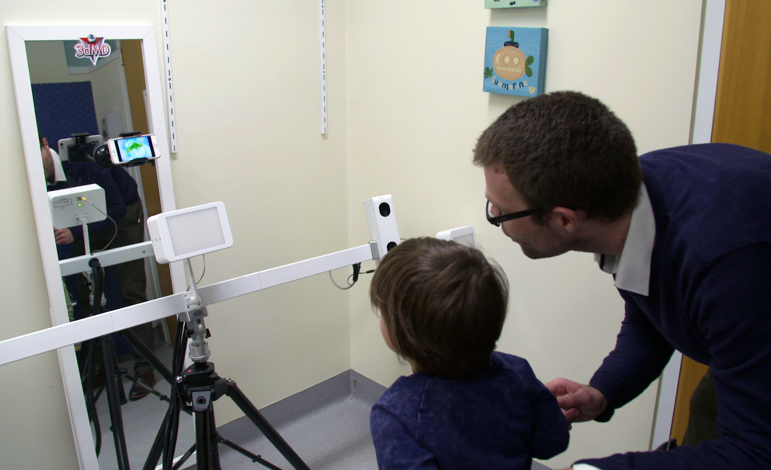 Andrew Whitehouse with 3D scanner